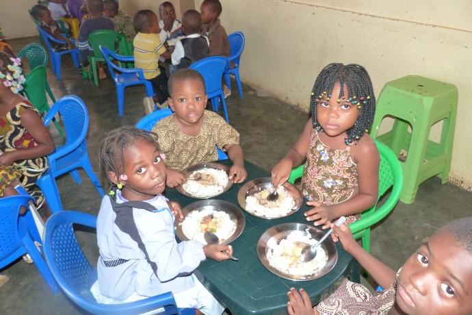 Creche São Marcos - Angola