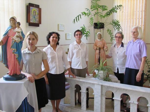 A Comunidade junto a Nhá Chica, a Beata de Baependi