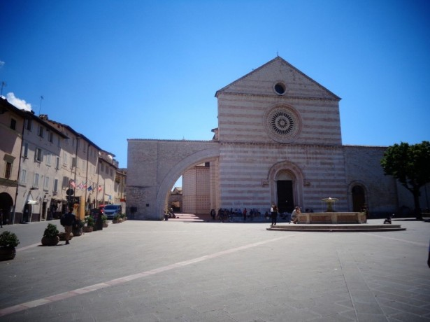 basilica de santa clara