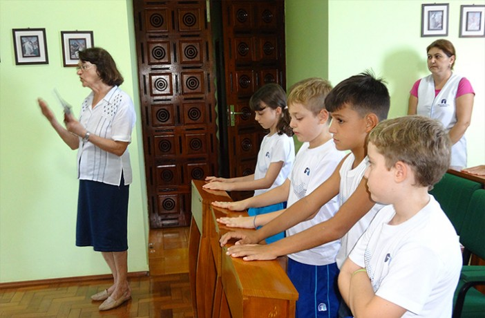 Atividades pastorais no Colégio Franciscano N. S. de Fátima