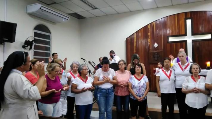 Sexta-feira, a dia de bênção e visitas foi na Comunidade Nossa Senhora Aparecida.