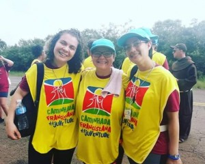 Irmã Ana Karoline, Irmã Isabel e Irmã Elídia, durante a CFJ.